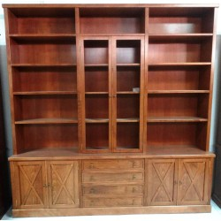 LIBRERIA  COLOR CEREZO  X  244 X 44 X 248